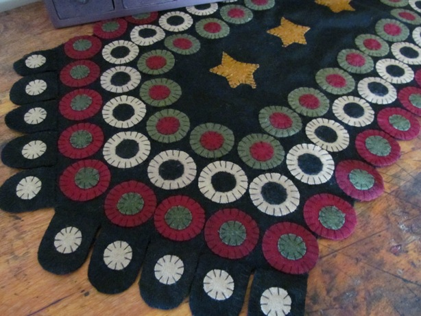 Primitive Wool Star Penny Table Runner