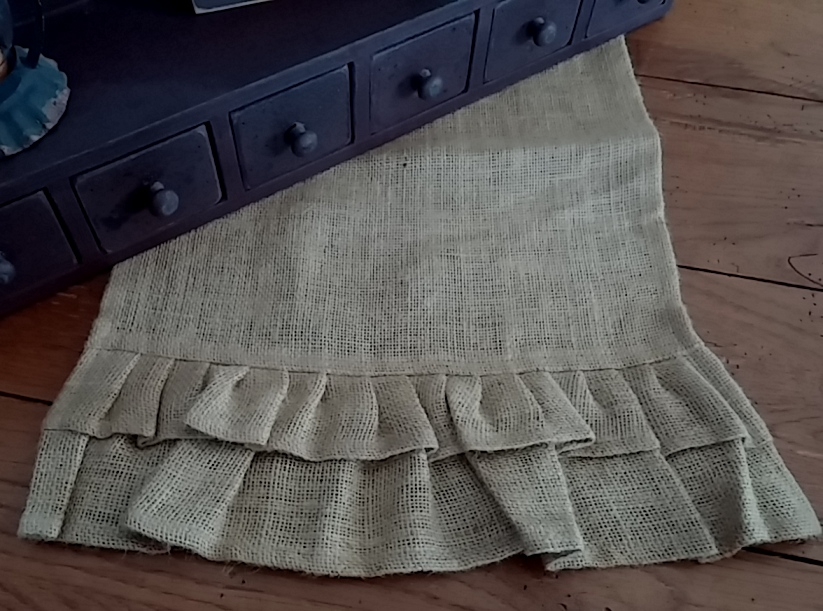Country Double Ruffle Burlap Table Runner