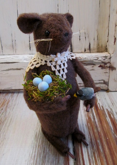Primitive Handmade Mouse with Bird Nest
