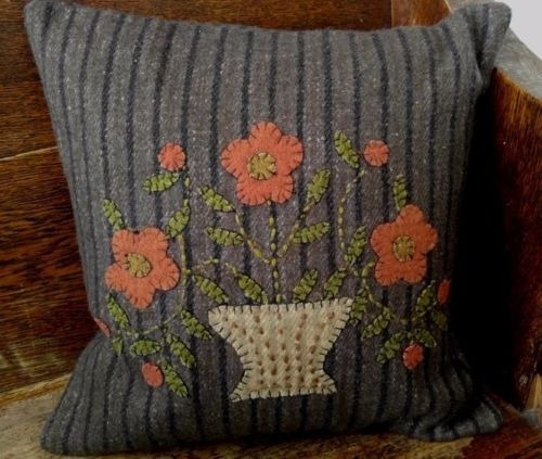Primitive Country Flower Pot Wool Applique Pillow