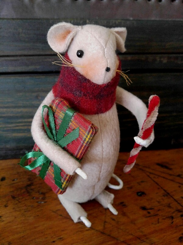 Primitive Country Handmade Christmas Mouse with Candy Cane