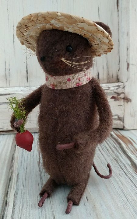 Handmade Garden Mouse with Radish - Made in USA