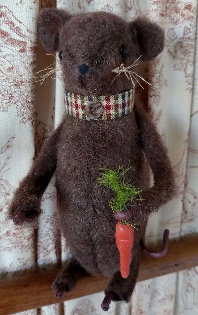 Handmade Garden Mouse with Carrot - Made in USA