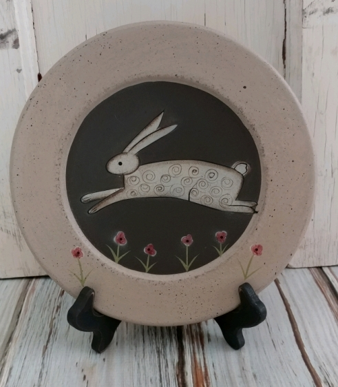Cottage Country Bunny Rabbit Decorative Plate - Rustic Home Decor
