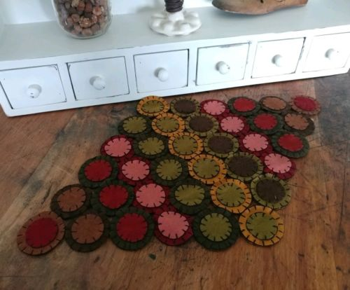 Rustic Wool Felt Multicolor Penny Diamond Table Mat