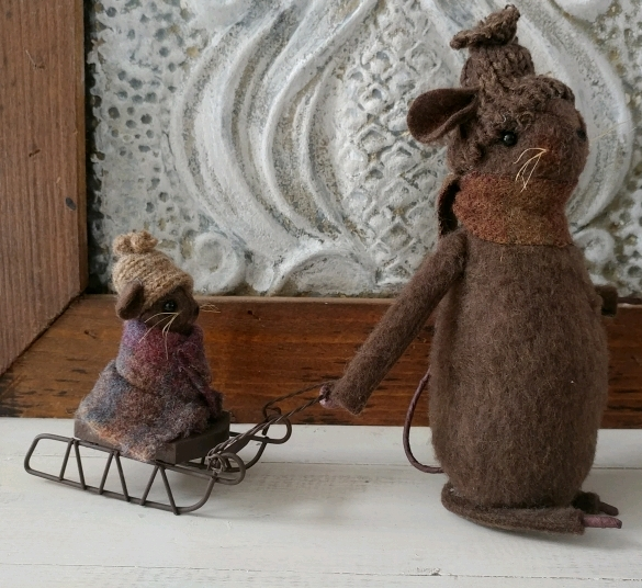 #1232 Rustic Handmade Winter Mouse with Sled Home Decor Figure