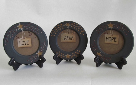 Primitive Country Love, Dream, Hope, Star & Berry Tag Plate Set