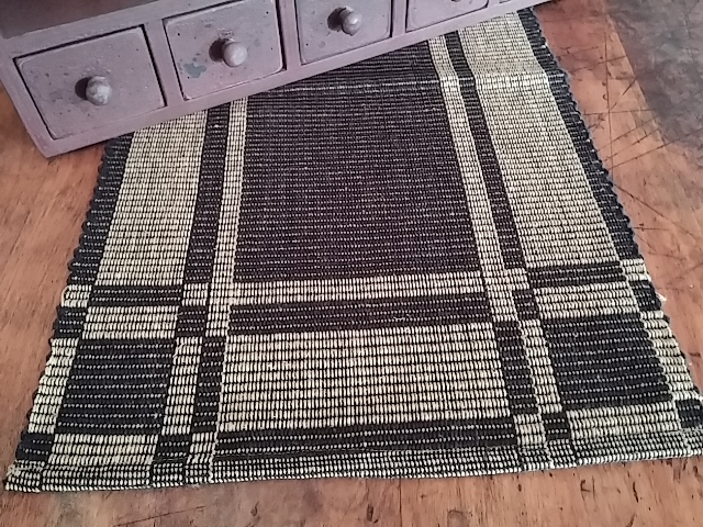 Primitive Woven Hartwell Table Runner - Country Home Decor
