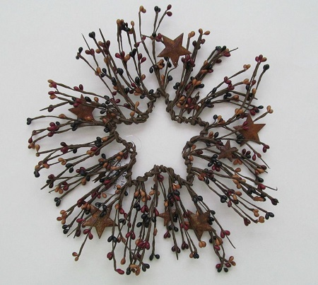 Rusty Star and Pip Berry Star Wreath - Primitive Country Home Decor
