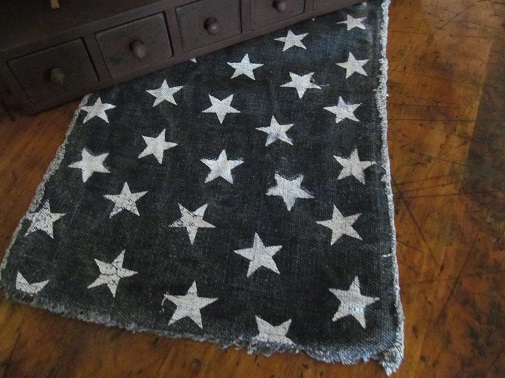 Country Distressed Navy Star Patriotic Table Runner