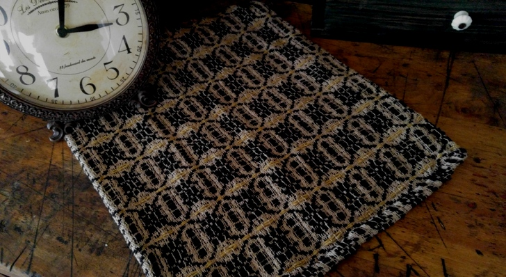 Primitive Country Woven Saybrook Black & Mustard Table Runner