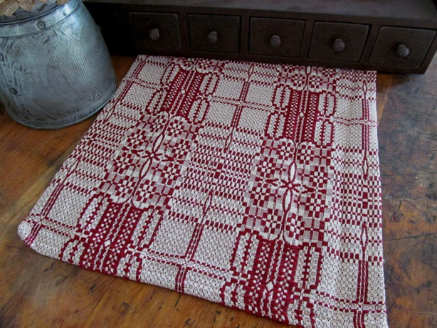 Windmere Cranberry & Cream Primitive Woven Runner