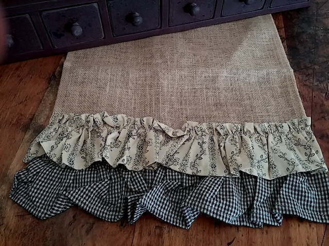 Country Cottage Vintage Print & Gingham Ruffle Burlap Table Runner
