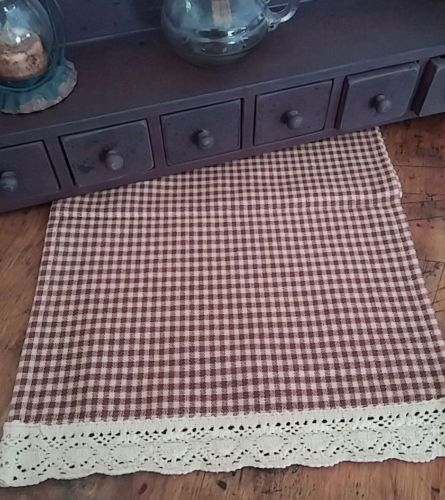 Primitive Country Burgandy Check & Crocheted Fabric Table Runner