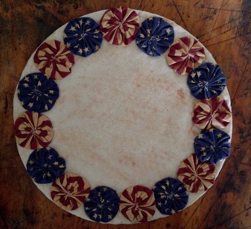 Patriotic Americana Yo Yo Table Mat