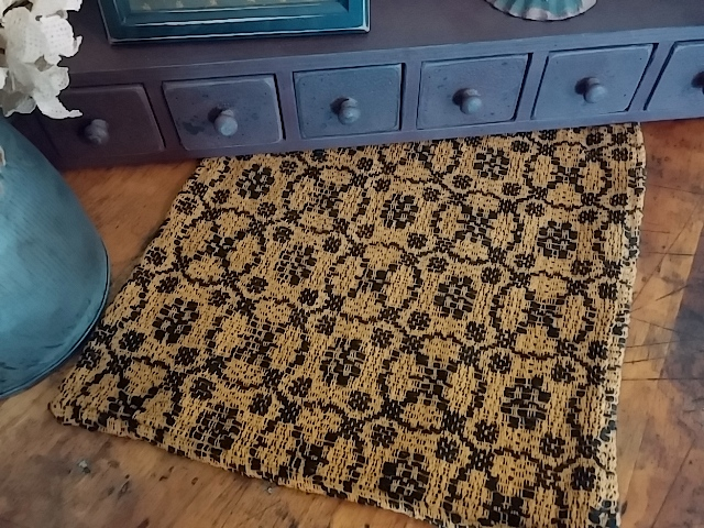 Primitive Country Woven Hampton Weave Black & Mustard Table Runner