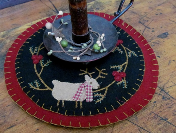 Primitive Country Winter Reindeer Table / Candle Mat
