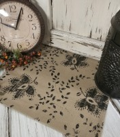 Rustic Farmhouse Style Thistle & Vine Printed Cotton Long Table Runner