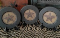 Primitive Country Star & Berry Faith Family Friends Plates