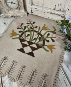 Rustic Folk Flower Basket Wool Applique Table Runner - Spring Summer Decor