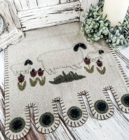 Primitive Sheep in Meadow Folk Penny Table Runner