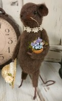 Country Cottage Handmade Flower Garden Mouse Home Decor Figure - Made in USA